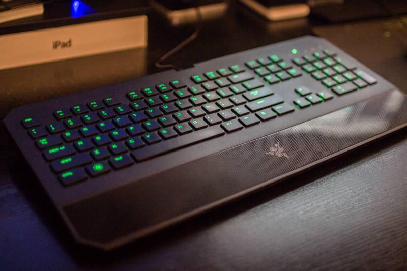 Razer-Deathstalker-2013-review-keyboard-spawnd-1-of-9